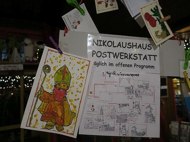 Weihnachtsmarkt Köln mit Familien Nikolausdorf Rudolfplatz3 - Schön für Kinder: das Nikolaushaus im Nikolausdorf