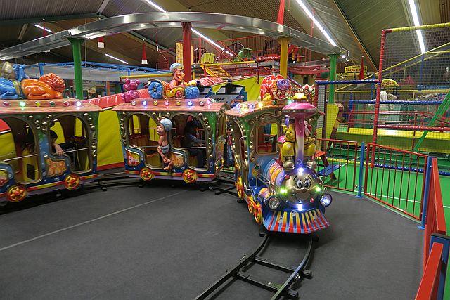 Indoorspielplatz family paradise köln spielparadies für kinder 3 - City Kids entdeckt: Indoorspielplatz family paradise