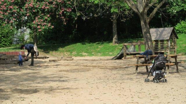 Nippeser Tälchen mit Kind3 - Ab in's Grüne: Das Nippeser Tälchen
