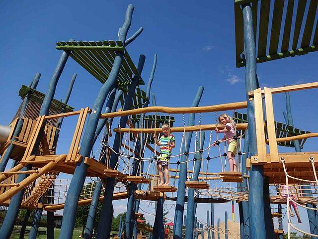 Bubenheimer Spieleland Kletterpark Ausflugsziel Familien Köln - Bubenheimer Spieleland – einAllwetter-Ausflugsziel für die ganze Familie