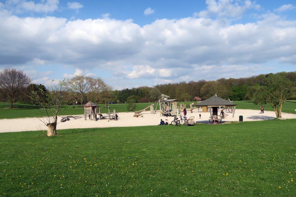 Forstbotanischer Garten Köln 1 1024x683 - Forstbotanischer Garten mit tollem Spielplatz
