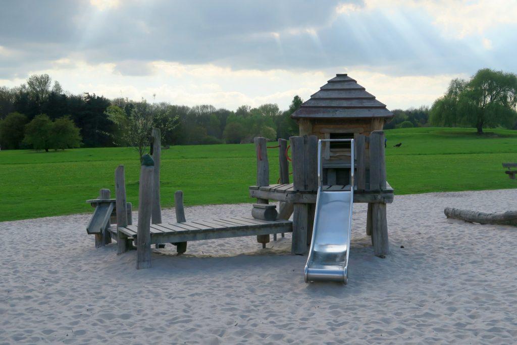 Forstbotanischer Garten Spielplatz 3 1024x683 - Forstbotanischer Garten mit tollem Spielplatz