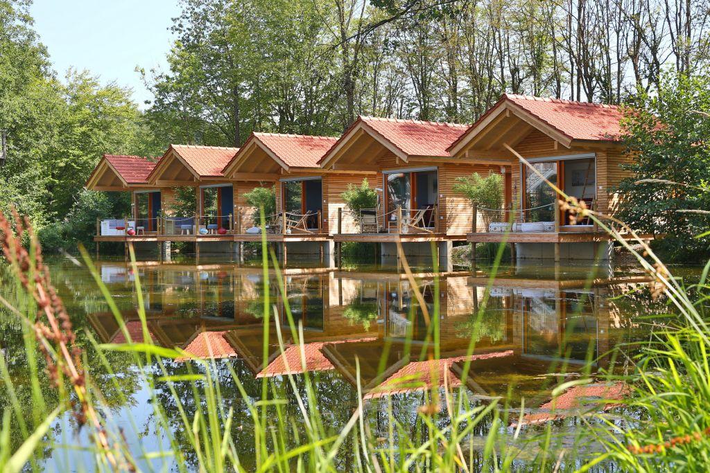 027 Baumhaushotel TommiLösch Baumhaushotel Oberbayern klein - Mal anders übernachten - im Baumhaus, Hausboot oder Tipi
